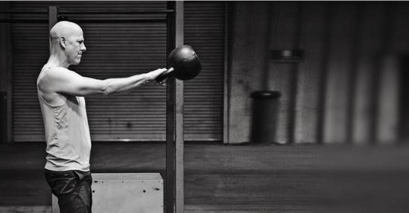 Dva swing tipy, které odemknou vaší výbušnou sílu, držení těla a výkony